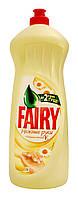 Средство для мытья посуды Fairy Нежные руки Ромашка и витамин Е - 1 л.