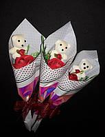 Подарочный букет роза (ароматическое мыло) с мишкой