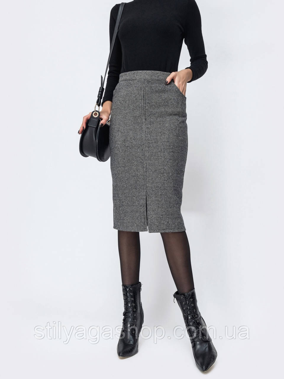 Лаконичная юбка-карандаш из твида
