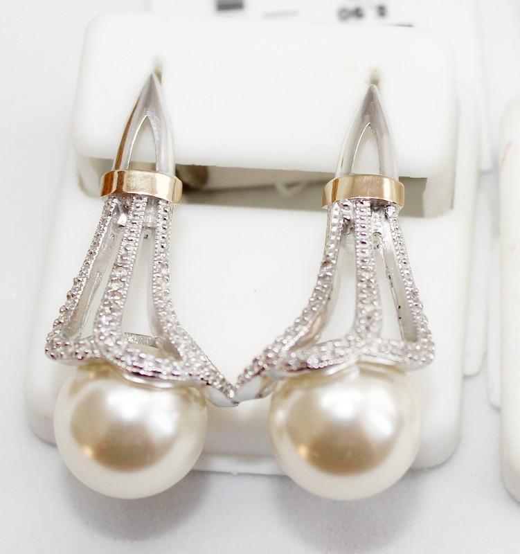 Серебряные сережки с подвесом и жемчугом Кувшинка