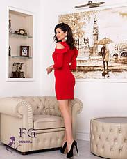 Вечернее красное короткое платье с открытыми плечами и воланами, фото 3