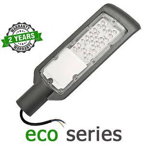 Консольний вуличний світильник LED 30W 6000-6500К SMD серія ECO