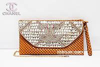 Женский клатч со стразами Chanel коричневый
