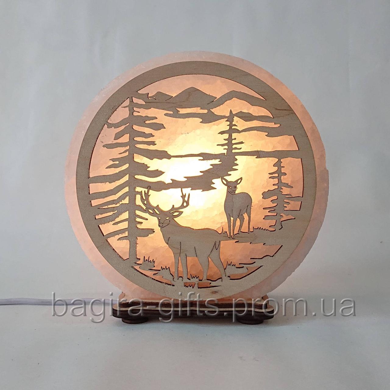 Соляная лампа круглая Олени
