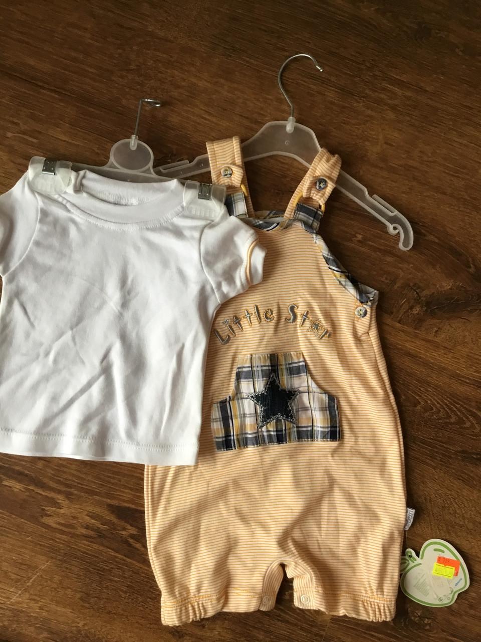 Детский костюм с футболкой и комбинезоном