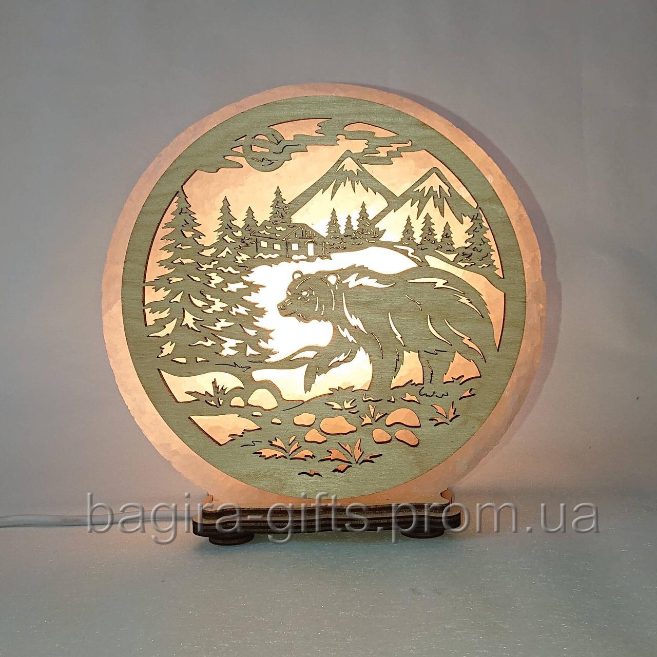 Соляная лампа круглая Медведь в горах
