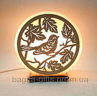 Соляная лампа круглая Птичка на дереве
