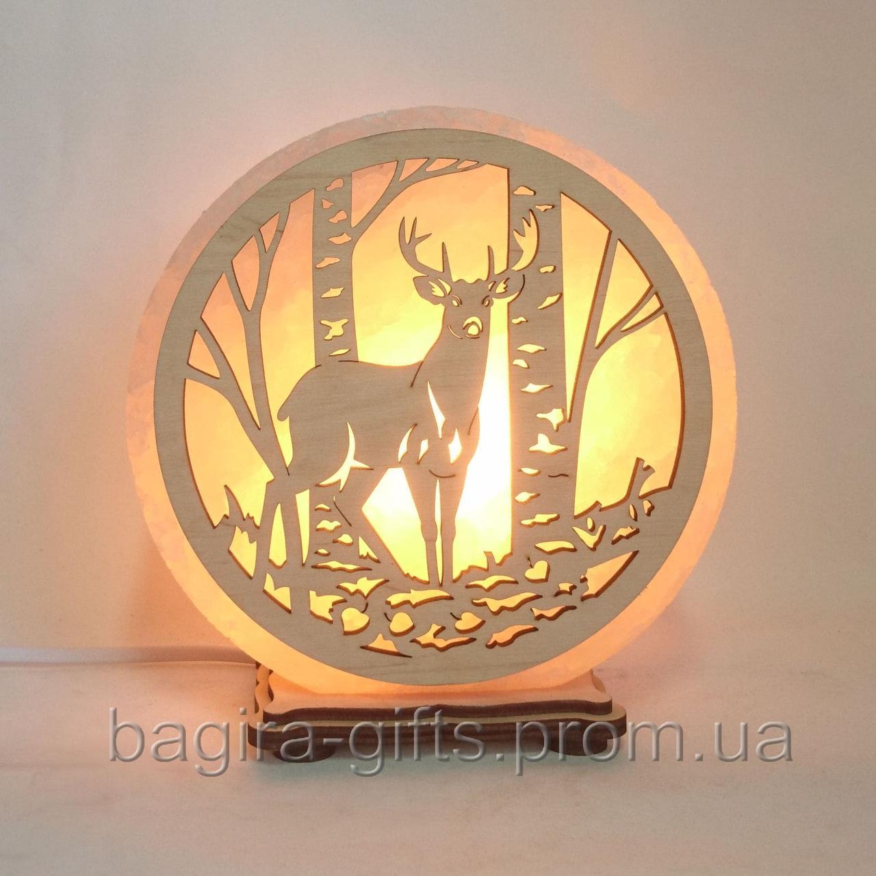 Соляна лампа кругла Олень і берези