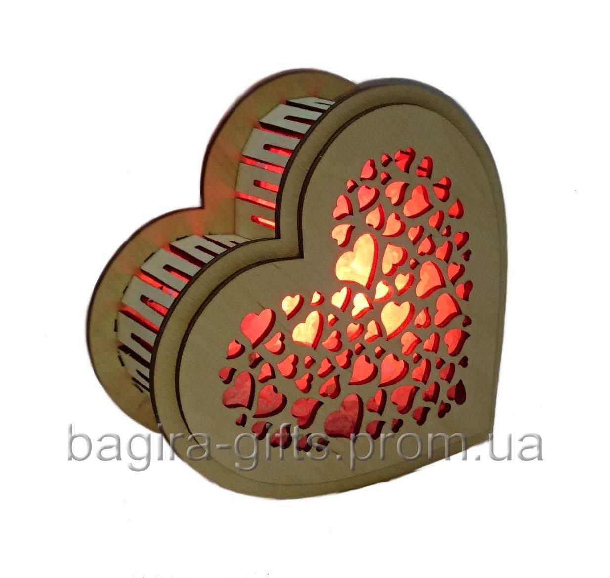Соляной светильник Сердце деревянное