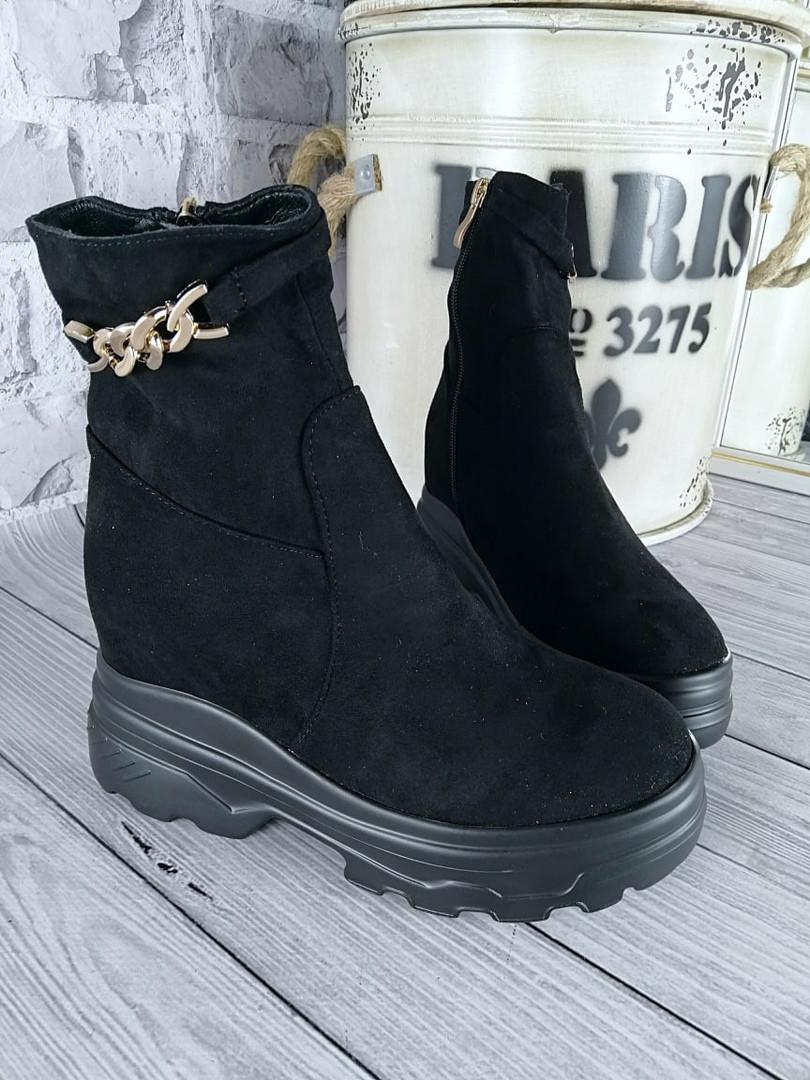 Демисезонные женские ботинки черного цвета, эко замша
