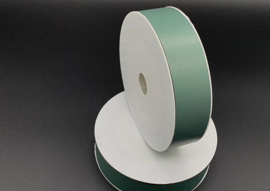 Лента упаковочная, для цветов или рукоделия темно-зеленая (30 мм) - 1 метр