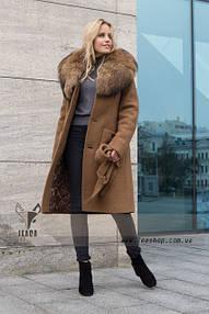 Пальто с натуральным мехом для женщин