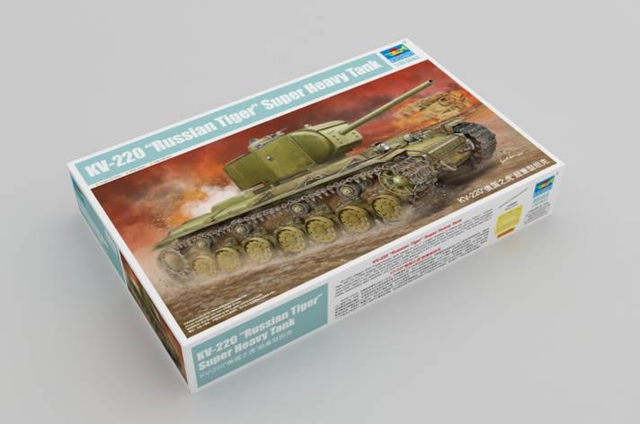КВ-220 советский тяжелый танк. Сборная модель в асштабе 1/35. TRUMPETER 05553, фото 2