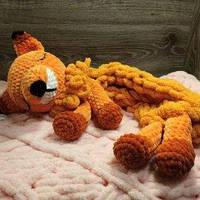 Мягкая вязаная  игрушка ручной работы пижамница лисичка ручной работы 61*18 см