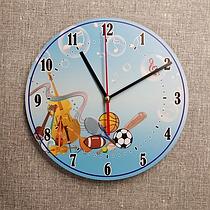 Часы на спортивную тематику