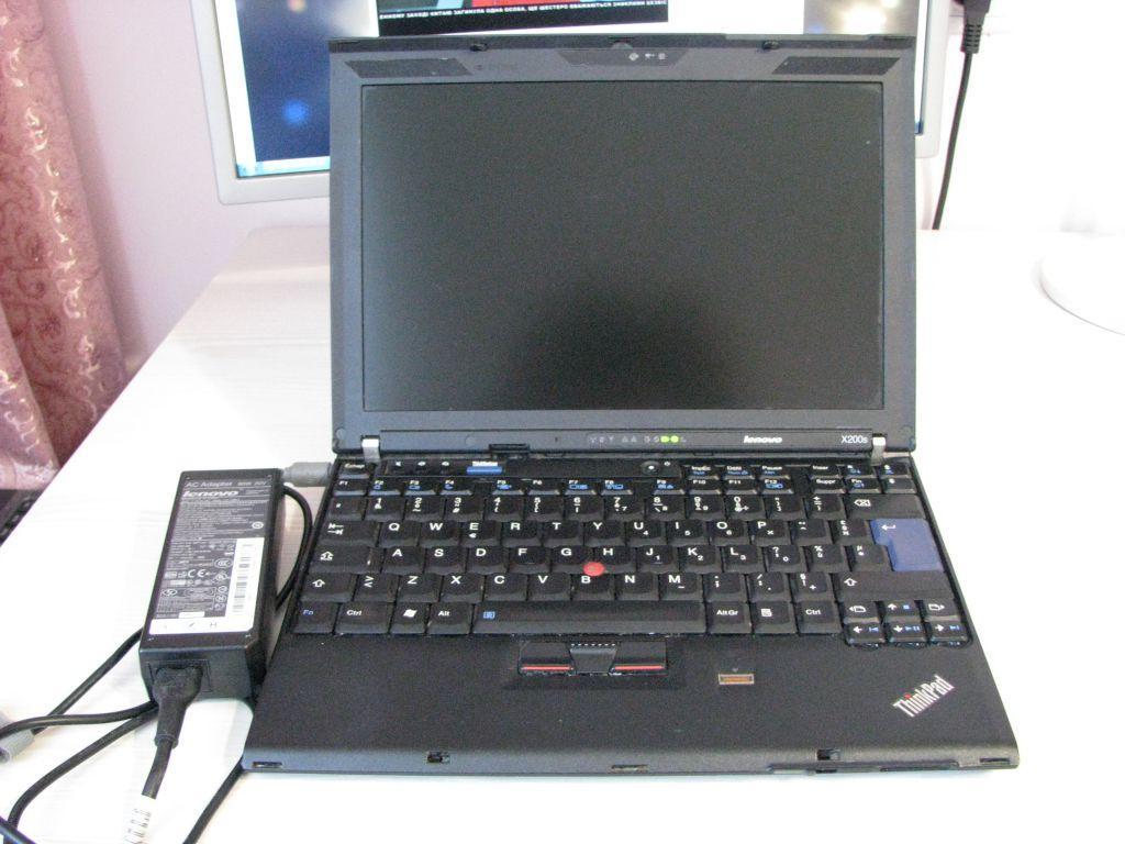 Ноутбук, notebook, Lenovo X200S, 2 ядра по 1,86 ГГц, 2 Гб ОЗУ, HDD 250 Гб