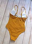 Женский совместный горчичный купальник с рюшами, фото 3