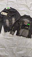 Куртка джинсовая для мальчика на 3-6 лет серого цвета с нашивками оптом