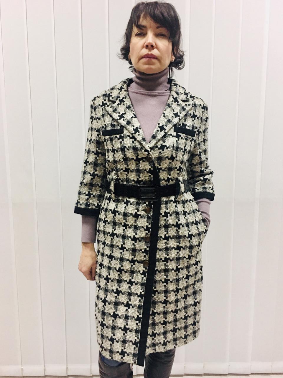 Пальто женское демисезонное в стиле Шанель гусиная лапка
