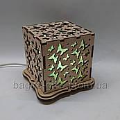 Соляной светильник Куб Бабочки
