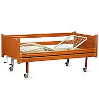 Кровать деревянная механическая на колесах, с поручнями,металлический каркас (3 секции) OSD-94