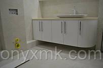 тумба в ванную от ONYX MK. цвет белый. фасады мдф глянцевый лак. фурнитура Blum