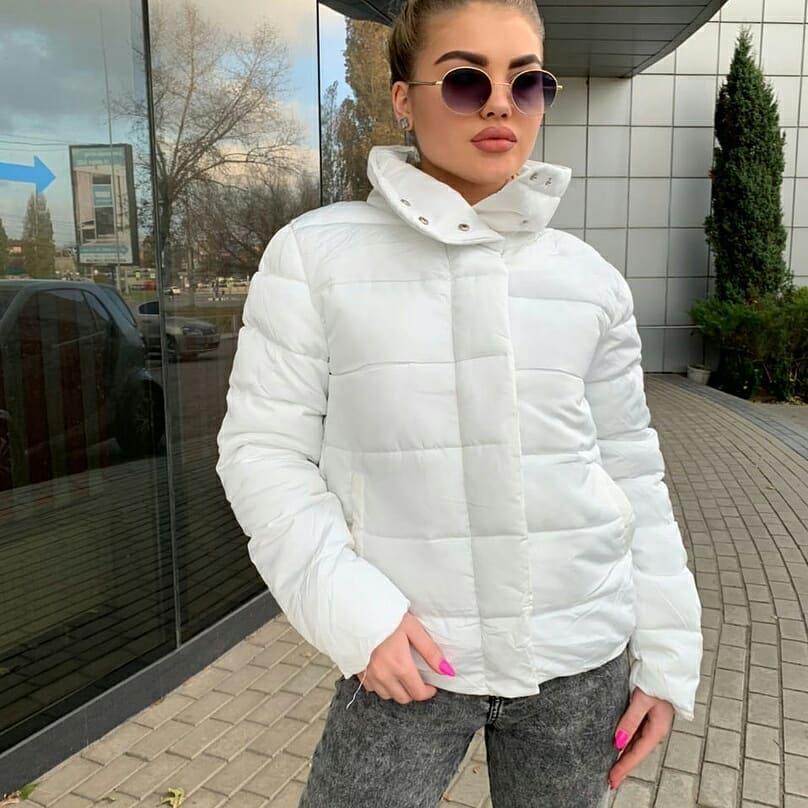 Белая весенняя куртка р.42,44,46,48