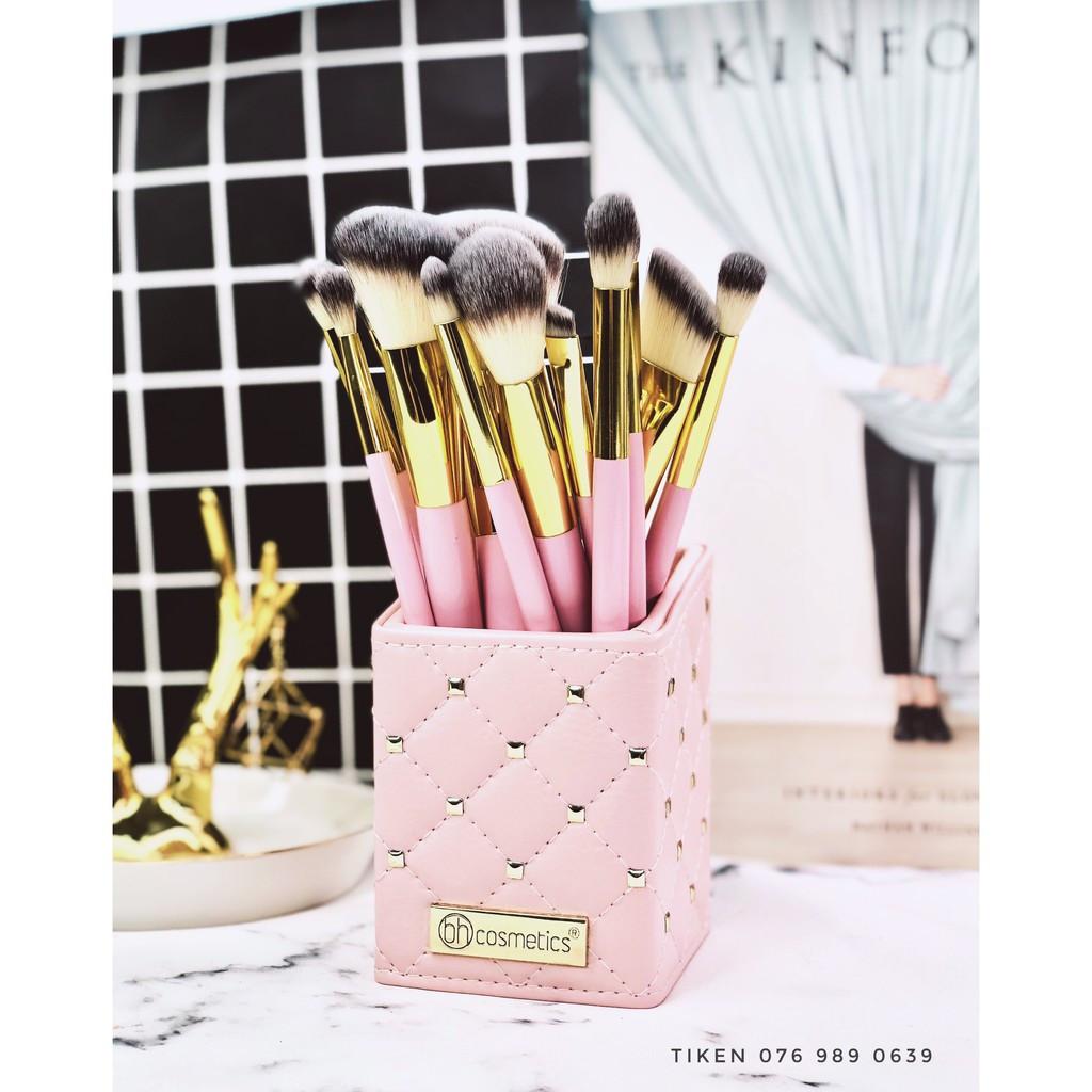 Набор кистей для макияжа Pink Studded Elegance 12-Piece Brush Set BH Cosmetics +подставка
