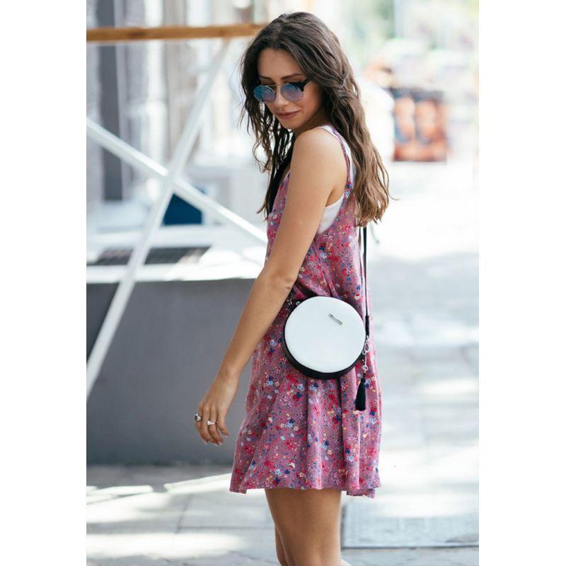 Круглая кожаная женская сумочка Tablet черно-белая
