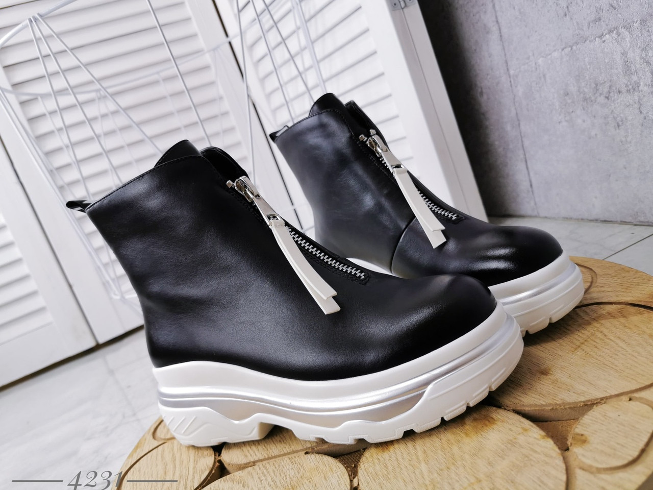 Демисезонные женские ботинки черного цвета, эко кожа 40 ПОСЛЕДНИЙ РАЗМЕР