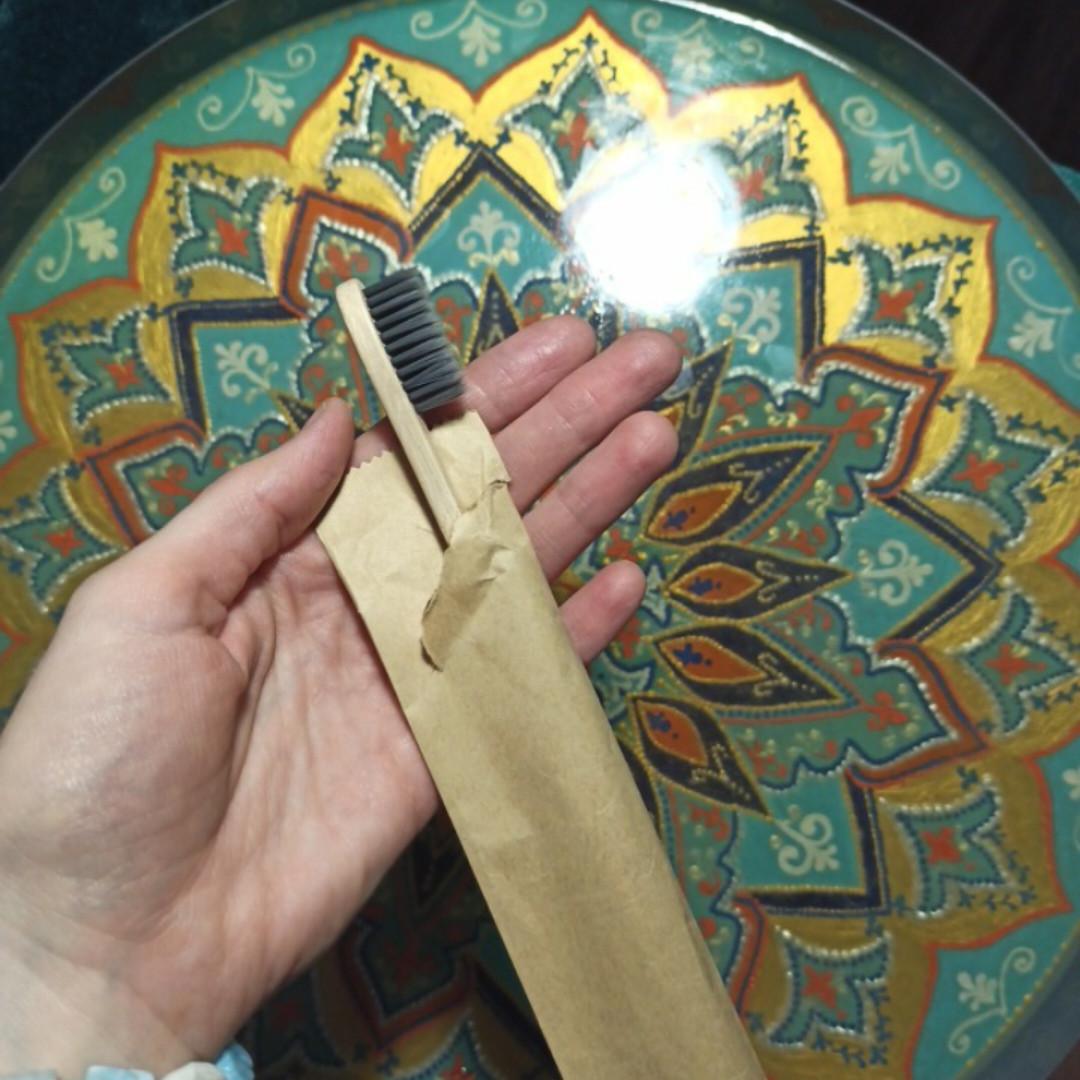 Бамбуковые зубные щетки + пакет бумажный
