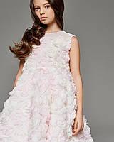 Нарядное детское платье, с объемными розами, розовое