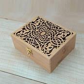 Скринька вологостійка фанера ручна робота велика з малюнком прорізанним