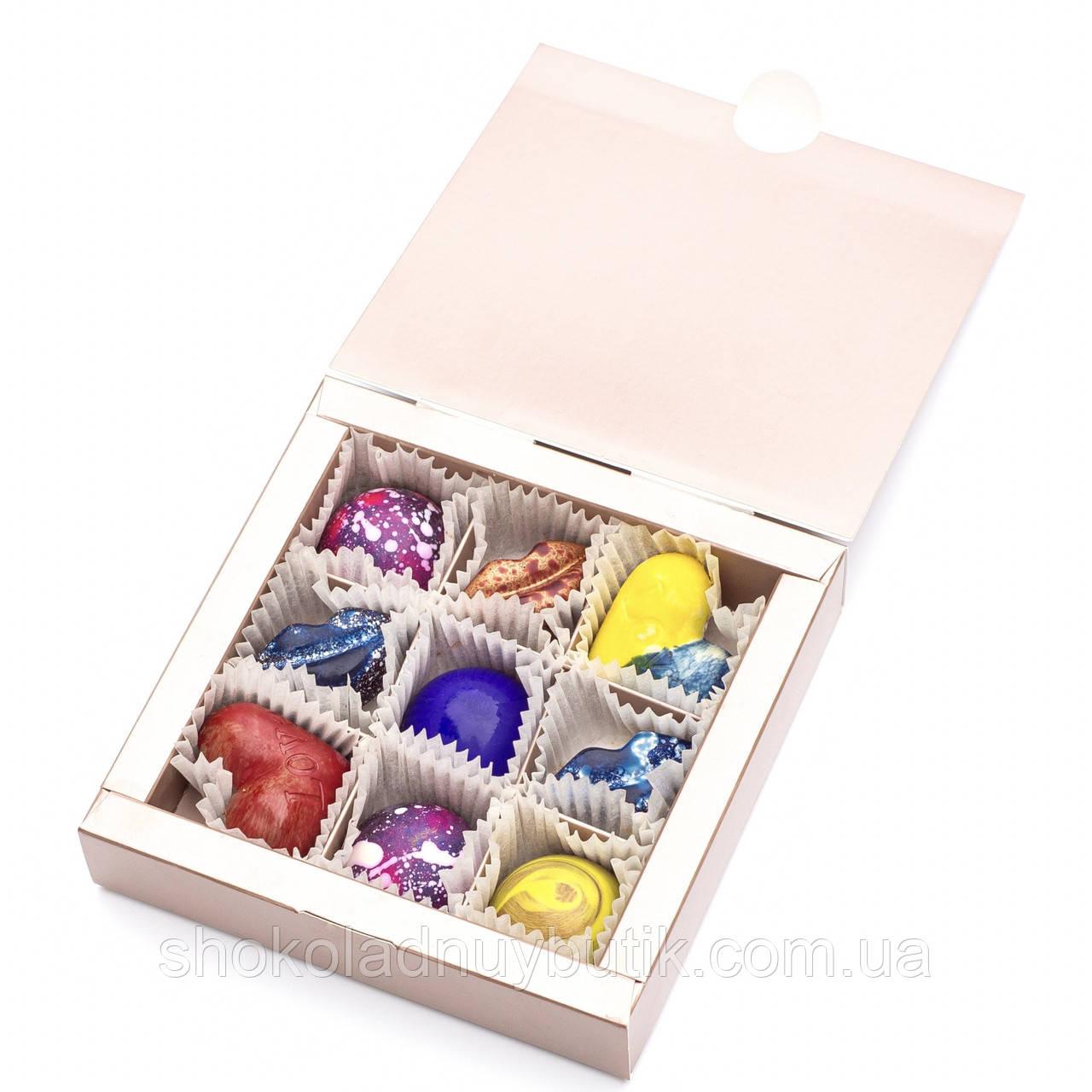 Шоколадные конфеты ручной роботы *Коробка металлик на 9шт.*