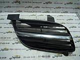 Решетка радиатора правая Nissan Almera N16 2000-2006г.в, фото 2