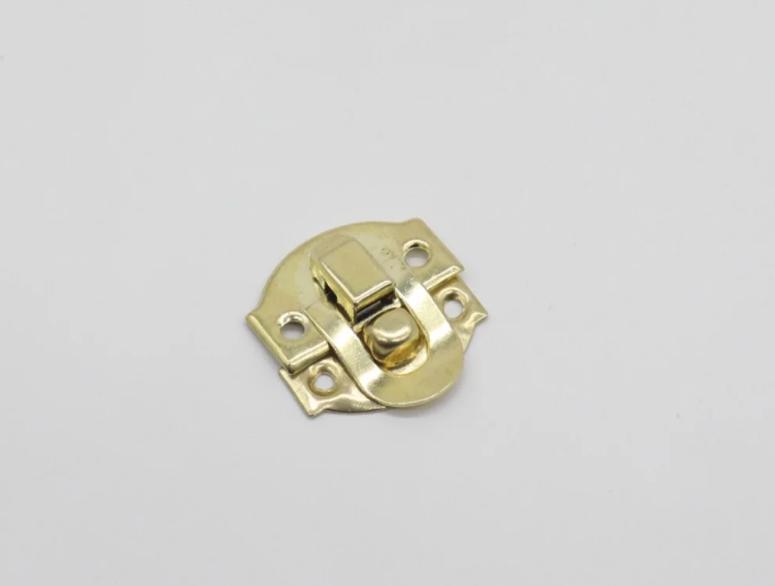 Замочек маленький золотой накладной для шкатулок и творчества 20х23 мм