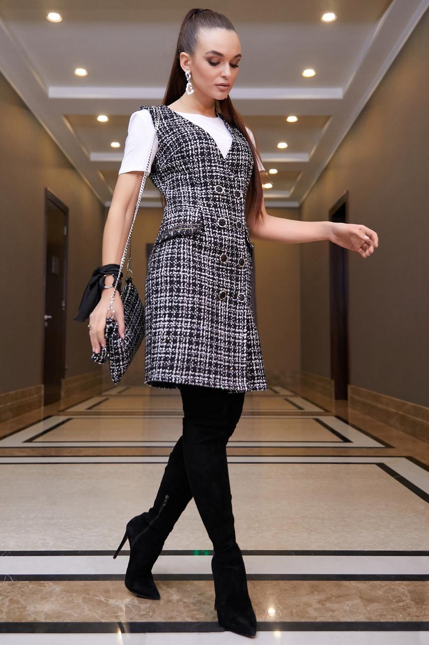 Демисезонное силуэтное платье–сарафан 1112 (42–48р) бело/черный