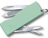 Качественный складной карманный нож Victorinox Tomo 06201.A47 зеленый