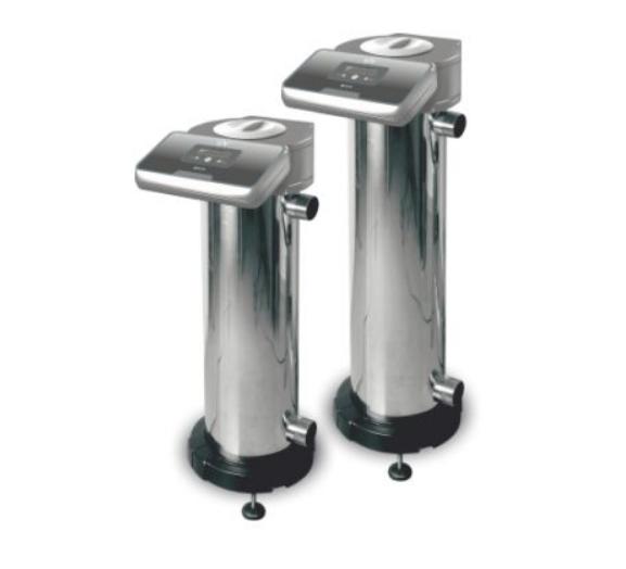 Система УФ очистки воды POLAR-30 IDEGIS в частном бассейне