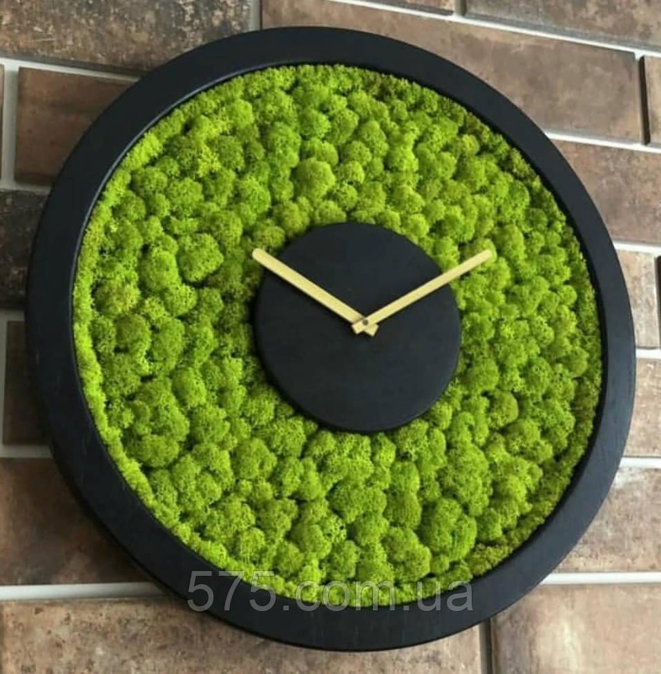 Часы настенные из дерева и Норвежского мха (40 см). Настольные часы.