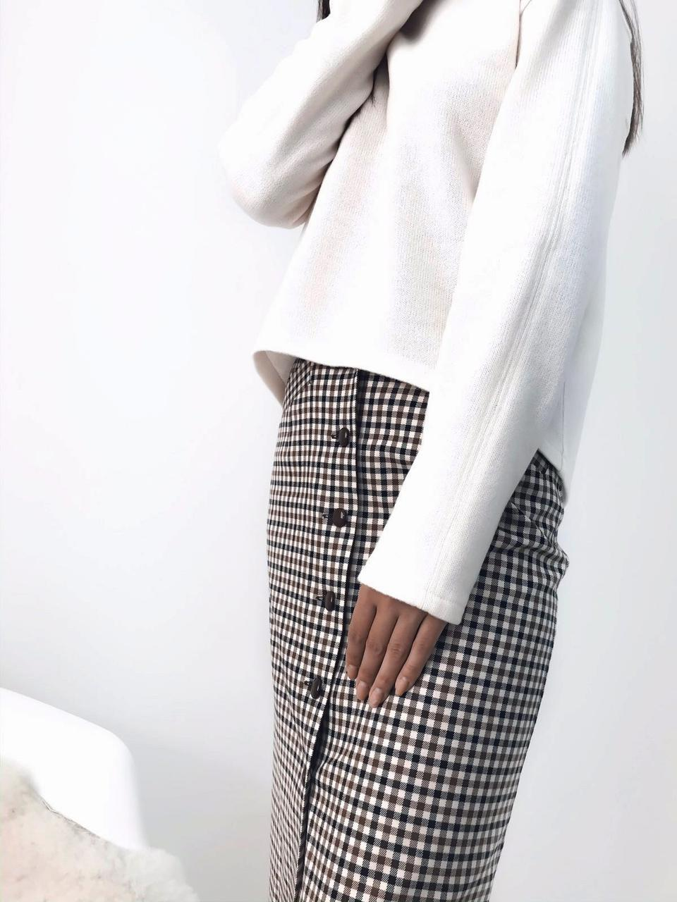 Теплый свитер из шерсти