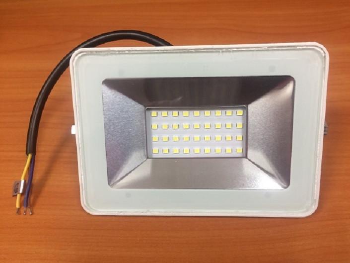 Светодиодный прожектор PREMIUM Slim SMD SL33-30 30W 6000K IP65 белый Код.59717