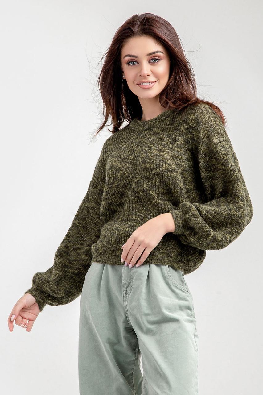 Женский джемпер свитер объемный укороченный из  толстой пряжи
