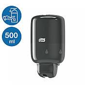 Дозатор жидкого мыла шампуня геля для душа 500 мл мини Tork 561008 черный диспенсер настенный нажимной