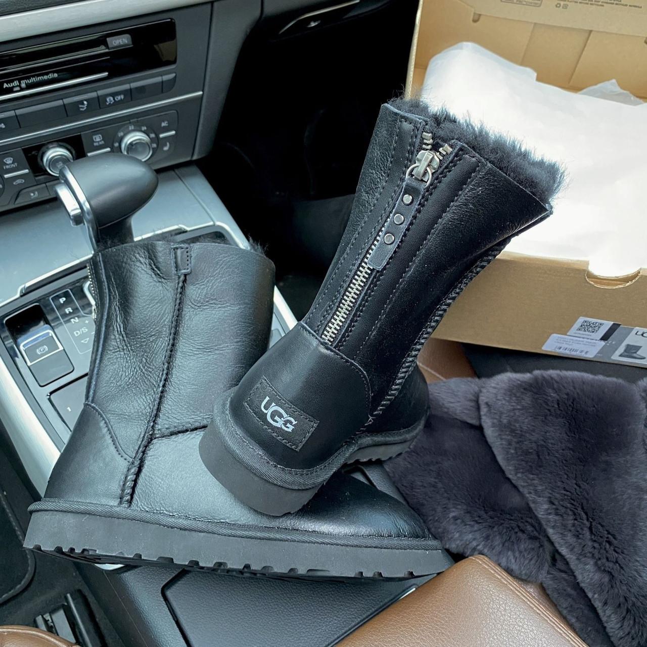 Угги женские в стиле UGG Australia Classic Short II Black Leather