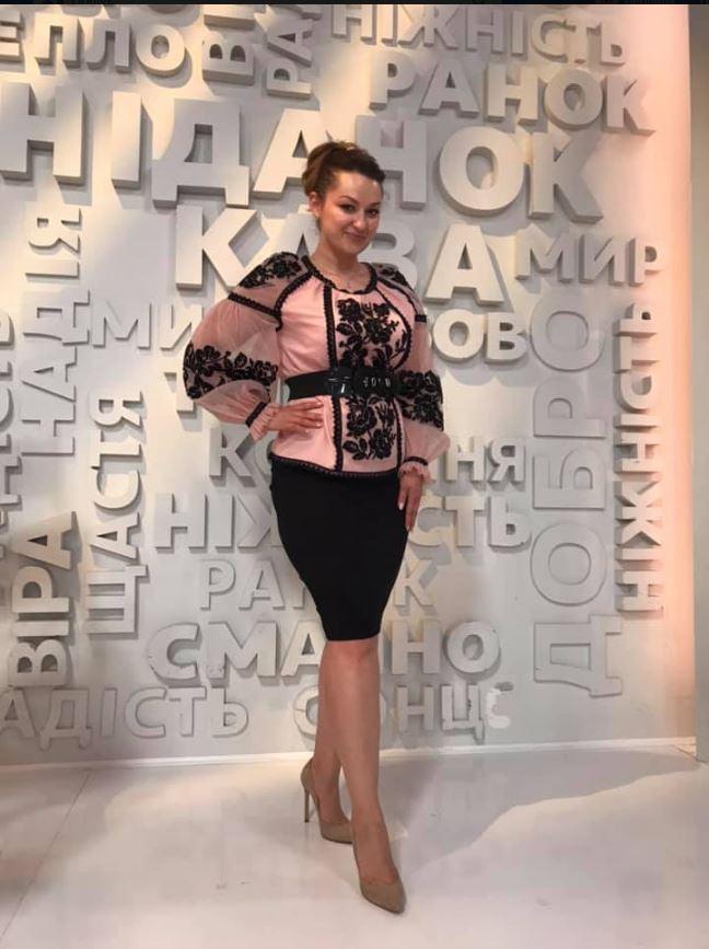 "Фатиновая блузка з вишивкою ""Modern embroidery"""