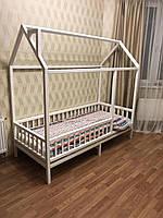Детская Кроватка Домик с вертикальным бортиком