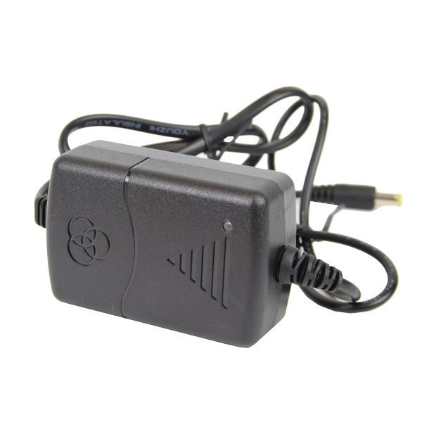 Блок адаптер питания для камер наблюденияEnergy BG-1210 DC 12 В