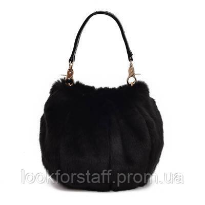 Круглая черная меховая сумка
