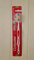 Зубная щетка Colgate Classic deep clean medium (Чехия)